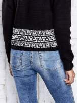 Czarny sweter z geometrycznymi splotami                                  zdj.                                  7