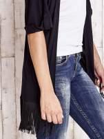 Czarny sweter z podwijanymi rękawami i frędzlami                                  zdj.                                  5