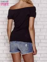 Czarny sweterek z opadającymi ramionami                                  zdj.                                  2
