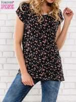 Czarny t-shirt z drobnym kwiatowym nadrukiem                                  zdj.                                  1