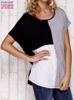 Czarny t-shirt z kolorowymi wstawkami