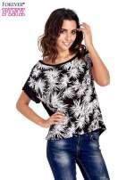 Czarny t-shirt z nadrukiem w palmy                                                                          zdj.                                                                         1