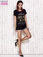 Czarny t-shirt z napisem DREAM BIG                                                                          zdj.                                                                         2