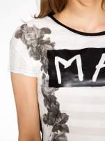 Czarny t-shirt z napisem MAD i kwiatowym nadrukiem