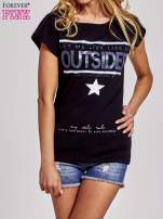 Czarny t-shirt z napisem OUTSIDER                                  zdj.                                  1