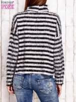 Czarny włochaty sweter w paski                                  zdj.                                  2