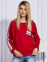 Czerwona bluza z kolorowymi wstawkami                                  zdj.                                  1
