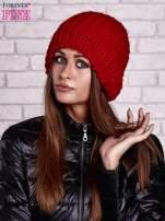 Czerwona czapka o grubym splocie                                  zdj.                                  1