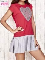 Czerwona dresowa sukienka tenisowa z sercem                                  zdj.                                  1