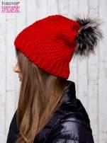 Czerwona dziergana czapka                                   zdj.                                  2