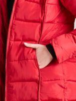 Czerwona pikowana damska kurtka zimowa                                   zdj.                                  9