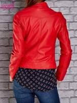 Czerwona skórzana kurtka o klasycznym kroju                                                                          zdj.                                                                         5