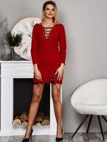 Czerwona sukienka ze sznurowaniami                                  zdj.                                  5