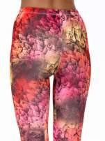 Czerwone legginsy w graficzne wzory                                                                          zdj.                                                                         6