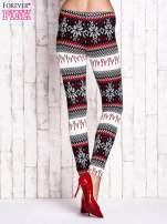 Czerwone legginsy w norweskie wzory                                                                          zdj.                                                                         3