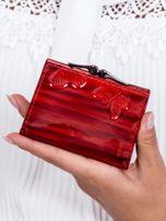 Czerwony lakierowany portfel w motyle                                  zdj.                                  3