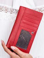 Czerwony skórzany portfel w tłoczone motyle                                  zdj.                                  3