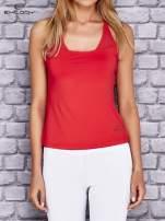 Czerwony  top sportowy z siateczką i ramiączkami w kształcie litery T na plecach                                  zdj.                                  1
