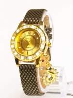 Delikatny damski zegarek z wisiorkiem celebrytką z cyrkoniami