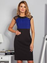 Dopasowana sukienka koktajlowa z szarfą czarno-kobaltowa                                  zdj.                                  1