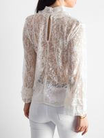 Ecru koronkowa bluzka ze stójką                                  zdj.                                  2