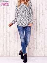 Ecru melanżowy sweter                                                                          zdj.                                                                         2