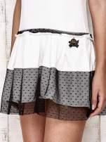 Ecru sukienka dresowa z kontrafałdami i tiulem w groszki