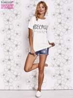 Ecru t-shirt z hashtagiem #BECAUSE                                  zdj.                                  2