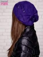 Fioletowa czapka z angory z aplikacją                                  zdj.                                  2