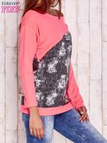 Fluoróżowa bluza oversize z szarą wstawką