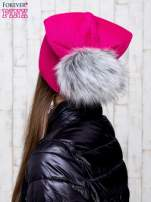 Fuksjowa wełniana czapka z futrzanym pomponem