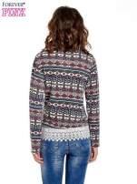 Granatowa bluza w azteckie wzory z koronką                                  zdj.                                  4