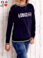 Granatowa bluza z napisem ŁOBUZIARA