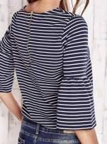 Granatowa bluzka w paski z suwakiem na plecach                                  zdj.                                  5