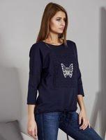 Granatowa bluzka z motywem motyli                                  zdj.                                  5
