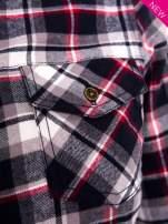 Granatowa koszula w kratę z kieszonką z przodu                                                                          zdj.                                                                         6
