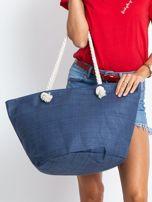 Granatowa pleciona torba z nadrukiem                                  zdj.                                  2