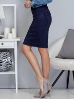 Granatowa spódnica z imitacji zamszu                                  zdj.                                  3
