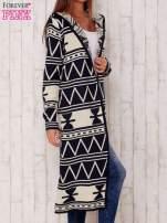 Granatowy długi sweter motywy geometryczne                                  zdj.                                  4