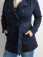 Granatowy płaszcz typu trencz                                  zdj.                                  4
