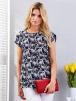 Granatowy t-shirt w geometryczne desenie                                  zdj.                                  1