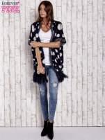 Granatowy włochaty sweter w grochy                                  zdj.                                  3