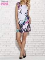 Jasnofioletowa sukienka z malowanym nadrukiem                                  zdj.                                  2