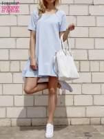 Turkusowa sukienka dresowa z falbanami z boku                                                                          zdj.                                                                         4