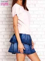 Jasnoróżowa sukienka dresowa z jeansowym dołem                                  zdj.                                  3