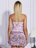 Jasnoróżowa sukienka w grochy z ozdobną spódnicą                                  zdj.                                  2