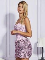 Jasnoróżowa sukienka w grochy z ozdobną spódnicą                                  zdj.                                  5