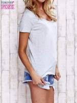 Jasnoszary melanżowy t-shirt z kieszonką                                  zdj.                                  3