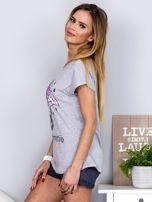 Jasnoszary t-shirt z parasolką                                  zdj.                                  5