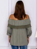 Khaki bluzka hiszpanka z koronkową lamówką                                  zdj.                                  2